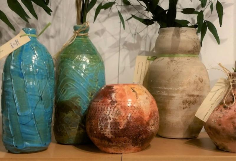 Clare Rumpke_s one-of-a-kind vessels